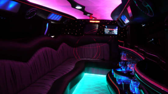 hummer stretchlimousine mieten in k ln stretch hummer verleih limo mieten limousine auto. Black Bedroom Furniture Sets. Home Design Ideas